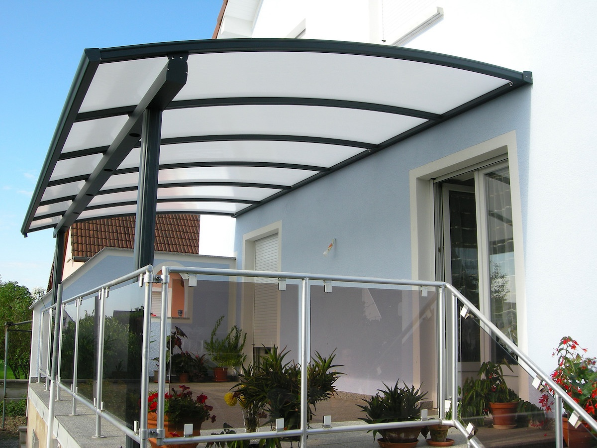 pergola polycarbonate et alu pargola aluminium polycarbonate anavi. Black Bedroom Furniture Sets. Home Design Ideas