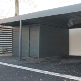 Carport sur mesure en aluminium gris