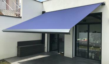 Store banne sur mesure en aluminium à Villeurbanne
